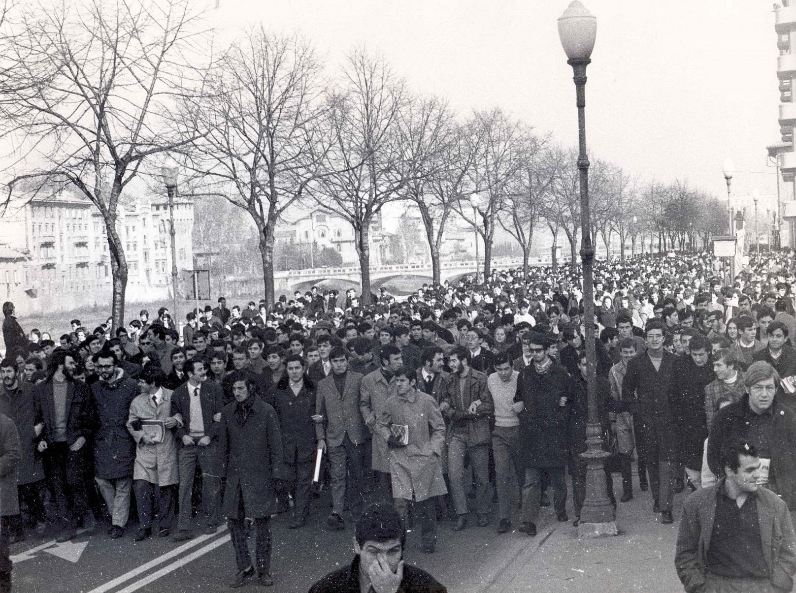 Novembre 1968 Manifestazione studenti a Parma