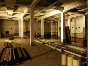 Riaprono i sotterranei di piazza garibaldi parma centro for Albergo orologio bologna
