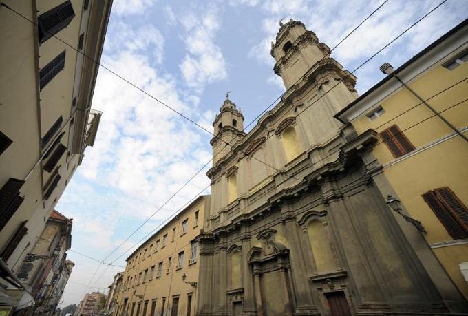 041 torri dei Paolotti in via D'Azeglio