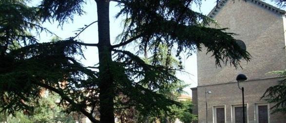 piazzale pablo chiesa e giardino