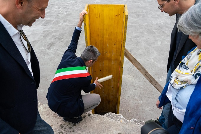 thumbnail_2019 10 04 Pizzarotti Alinovi Guerra Paci Prima pietra biblioteca Montanara-11