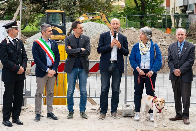 thumbnail_2019 10 04 Pizzarotti Alinovi Guerra Paci Prima pietra biblioteca Montanara-6