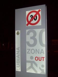 Zona 30 lub 2