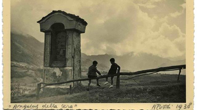 Foto di Antonia Pozzi, da Archivio Pozzi Onorina Dino