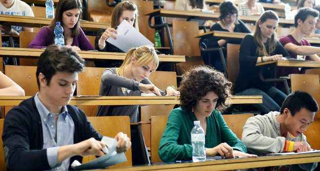 Test d'ingresso all'università di Parma: in 900 a Medicina e Odontoiatria