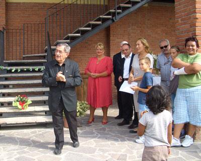 Un lago di pane per bambini in cerca di affetto for Man arreda ragazzi roma