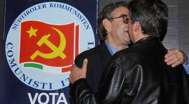 baciocomunista.jpg