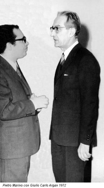 Pietro Marino con Giulio Carlo Argan a Bari