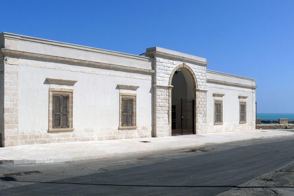 La Fondazione Pascali di Polignano a mare. A breve il museo sarà riaperto dopo un breve periodo di chiusura dovuto a dei lavori di restyling.