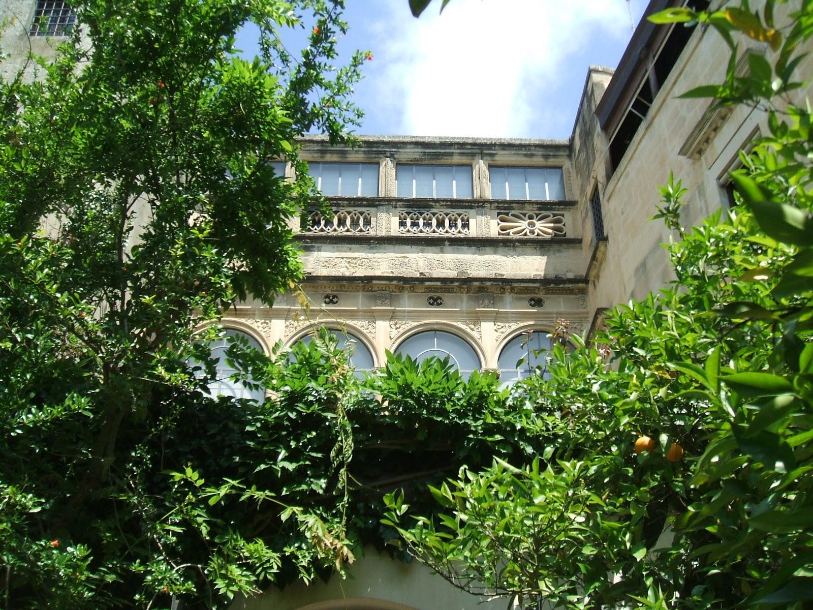 Un palazzo del centro storico di Lecce
