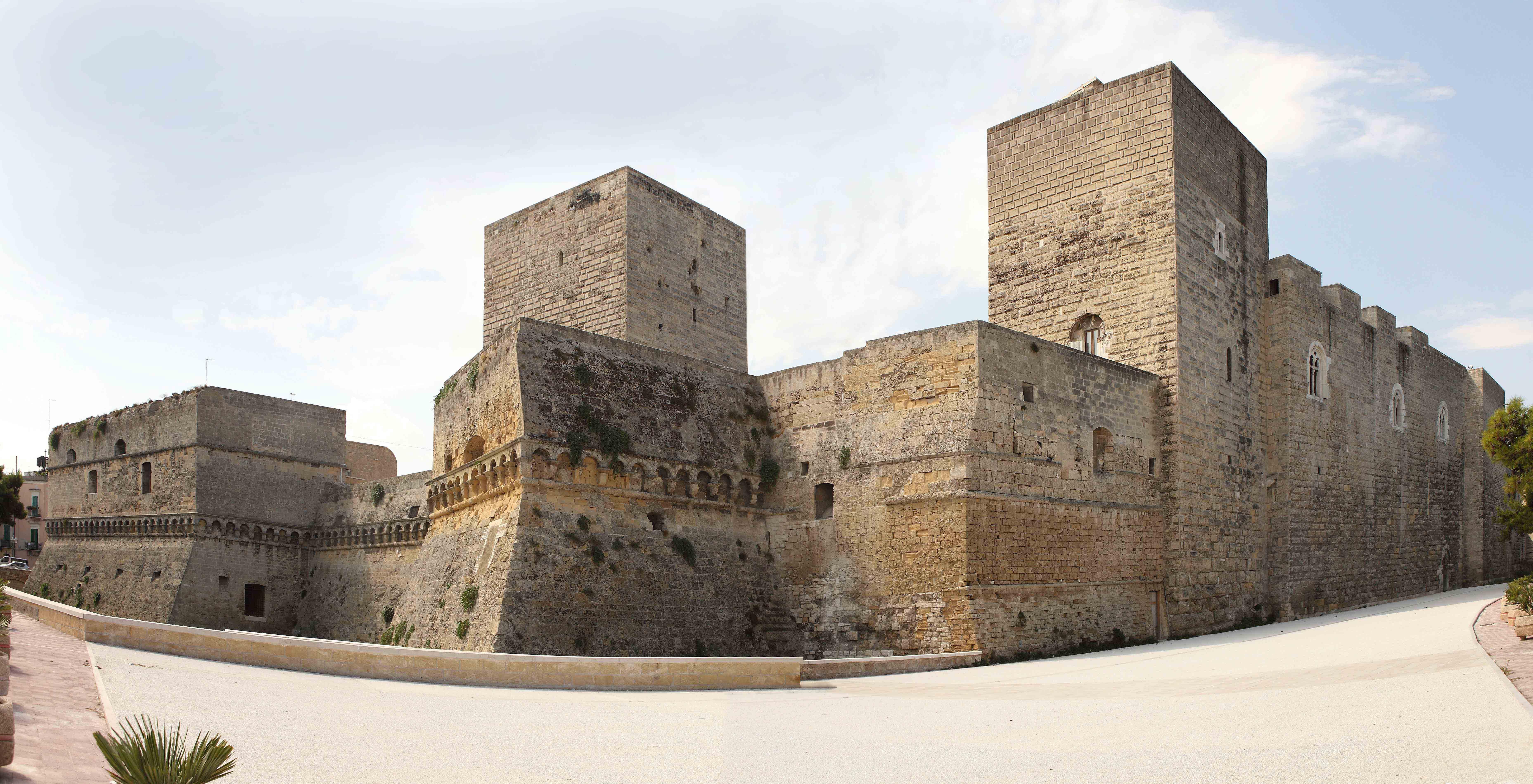 Castello Svevo di Bari. Ph. B. Gernone