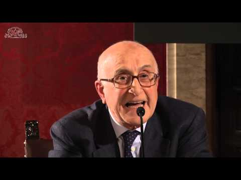 Giuseppe Appella, storico dell'arte e curatore. E' autore di fondamentali contributi su artisti e movimenti del XX secolo.