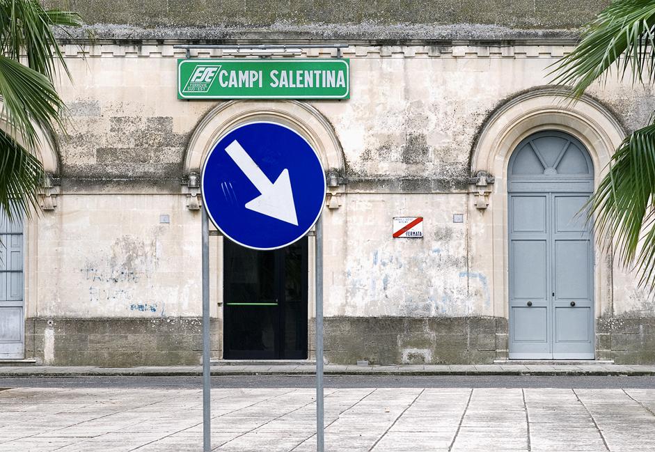 Uno scatto di Mario Cresci dedicato a Campi Salentina