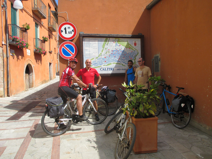 Il gruppo dei cicloescursionisti.