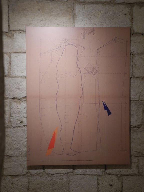 """Una delle opere della mostra """"io ABITO"""" di Gianna Maggiulli al Museo nuova era, Bari."""