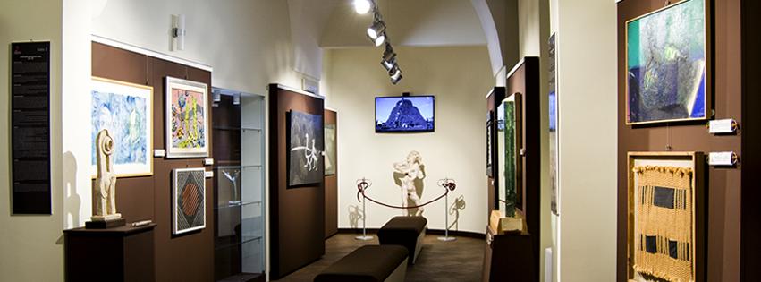 Una sala della pinacoteca (foto tratta dalla pagina Fb del museo)