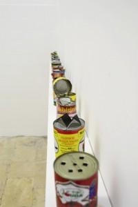 Lia Cecchin, Senza Titolo (Lattine aperte senza l'uso di un apriscatole), 2010