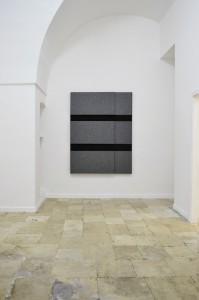Rashid Uri, Untitled (13), 2015 Polistirolo, pannelli fonoassorbenti su telaio 140x180 cm