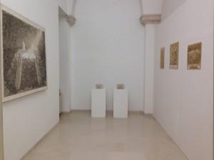 Fondazione Studio Carrieri Noesi, Piero Di Terlizzi, Scherzare col fuoco, disegno e porcellana bianca invetriata 1984-2014