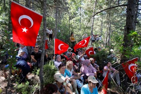 Siria, Turchia annuncia operazione militare contro i curdi