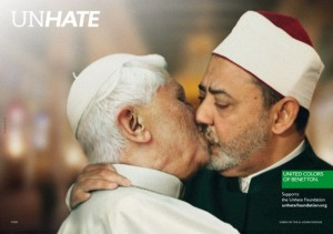 pope-sheikh-kiss-unhate-benetton