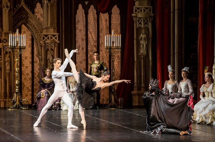 09 Gala Yacobson Ballet Swan Lake black PDD Demin Bocharova