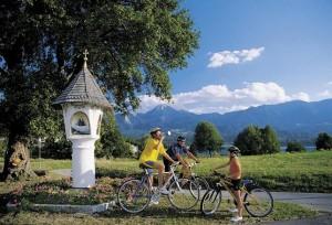 06.04.11 Bicicletta cicloturismo lago Faak