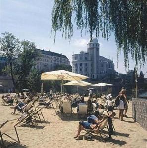 11.07.25 Strandbar Herrmann (Foto Bernd Preiml)
