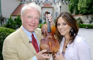 12.03.31 Dietmar Machold con violino e Vera Russwurm (giugno 2007)