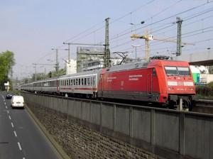 14.01.06 Eurocity DB 800px-EC101_101_125