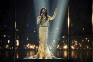 14.05.10 Copenhagen, Eurovision Song Contest; Conchita Wurst (Thomas Neuwirth) - Copia