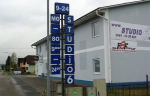 14.10.02 Weitendorf (Stiria), bordello Studio 6 usato per rifugiati