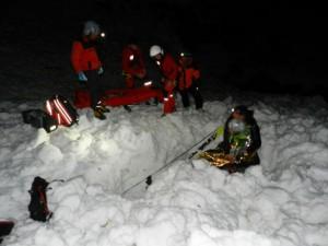 15.04.12 Gschnitztal, recupero scialpinista da valanga law3_5350302