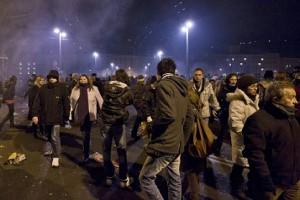 15.12.31 Folla nella notte di Capodanno a Salisburgo - Copia
