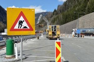 16.04.13 Brennero, inizio lavori di recinzioni per i profughi - Copia