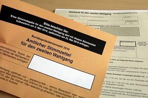 16.06.09 Scheda di voto per elezione per posta (Wahlkarte) - Copia