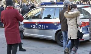 16-12-31-01-polizia-in-servizio-per-la-notte-di-san-silvestro