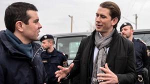 17.03.07 Confine Macedonia-Grecia, Sebastian Kurz e collega macedone Nikola Poposki