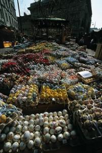 17.03.10 Vienna Freyung, mercatino uova di Pasqua - Copia