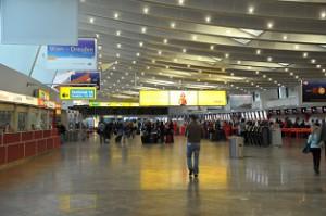17.04.29 Vienna, aeroporto Schwechat - Copia