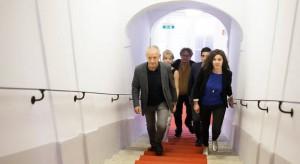 17.07.25 Peter Pilz con suoi candidati verso Sala Concordia Vienna