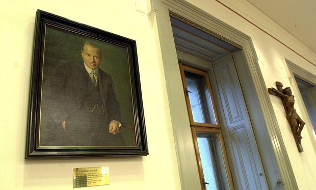 17.08.16 Engelbert Dolfuß, quadro nella sede del gruppo parlamentare Oevp