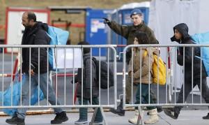 16.02.16 Spielfeld, profughi in arrivo da Slovenia