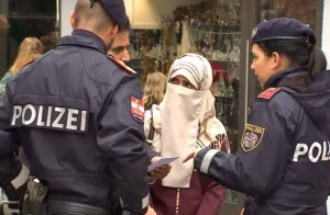17.10.30 Burkaverbot, polizia, niqab