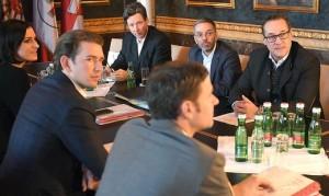 17.12.03 Vienna, trattative per nuovo governo