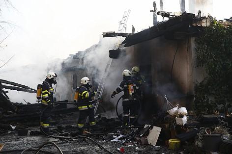 17.12.27 Graden bei Köflach, incendio casa 4