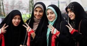 18.04.04 Ragazze islamiche velate - Copia