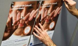 18.10.09 Referendum contro fumo sigarette (manifesto)