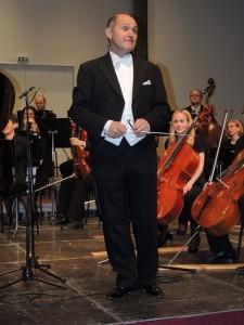18.11.27 Wolfgang Sobotka, Kammerorchester Waidhofen - Copia