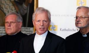 19.01.12 Engelbert Guggenberger (al centro) - Copia